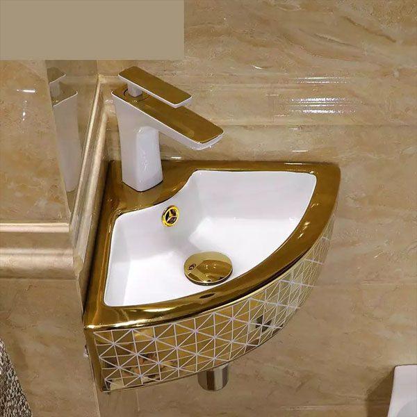 corner-sink-small-pedestal-gold-tap
